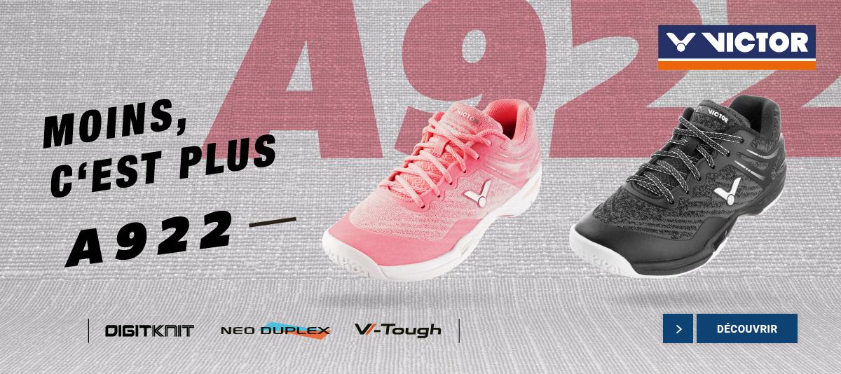 Découvrez les chaussures de badminton Victor A922
